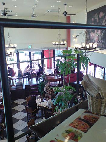イタリアンレストラン イルクオーレ店内